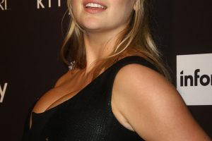 kate upton cleavage 58 photos celeb nudester 100 22