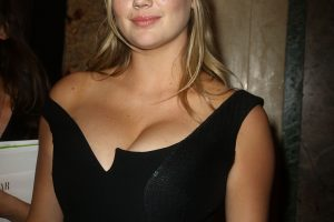 kate upton cleavage 58 photos celeb nudester 100 54