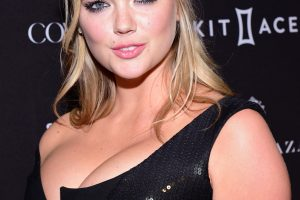 kate upton cleavage 58 photos celeb nudester 100 56