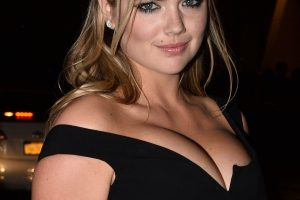 kate upton cleavage 58 photos celeb nudester 100 9