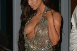kim kardashian cleavage 18 photos celeb nudester 93 15
